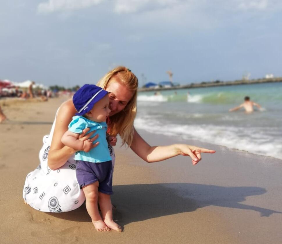 Motricitatea la copil– stadiile de evolutie a posturii de la nastere la 15 luni